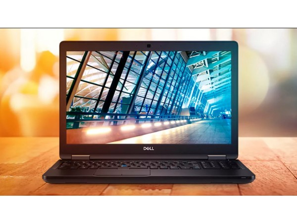 "DELL Latitude 5590, 15.6"" FHD, Intel Core i5-8250U, Windows 10 Pro, Crni"